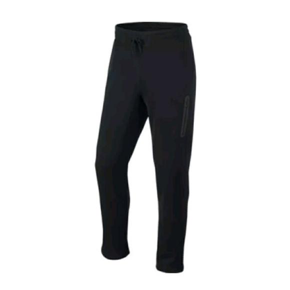 a2d43e3bde7f Nike Air Sweatpants 646286 Pivot Training Sweats. M 5b712bb3c2e9fed89a5e554d